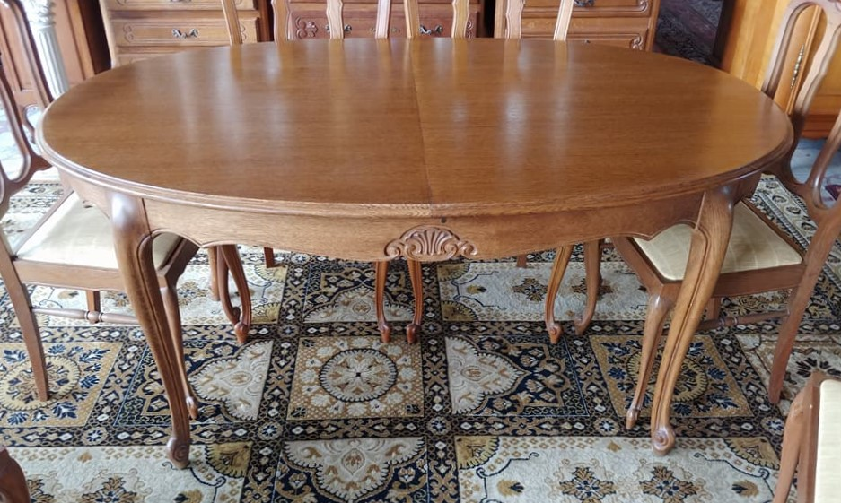 b28bd5a04db3 Krásny masívny vyrezávaný oválny jedálenský stôl + 6 stoličiek 160 x 100